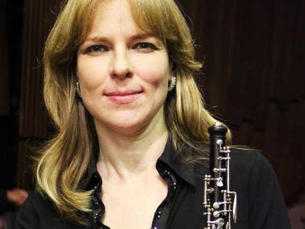 concerto da ospa em igreja evangélica terá solo de oboé por viktoria tatour