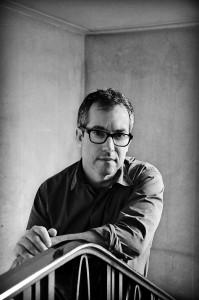 Bernardo Carvalho participará pela primeira vez da FestiPoa Literária lançando em Porto Alegre o seu mais recente romance. Foto: Francesco Gattoni