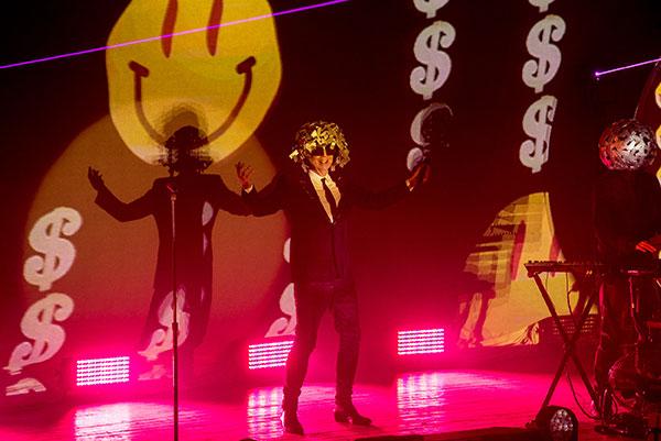 Elegância e bom gosto no show dos Pet Shop Boys