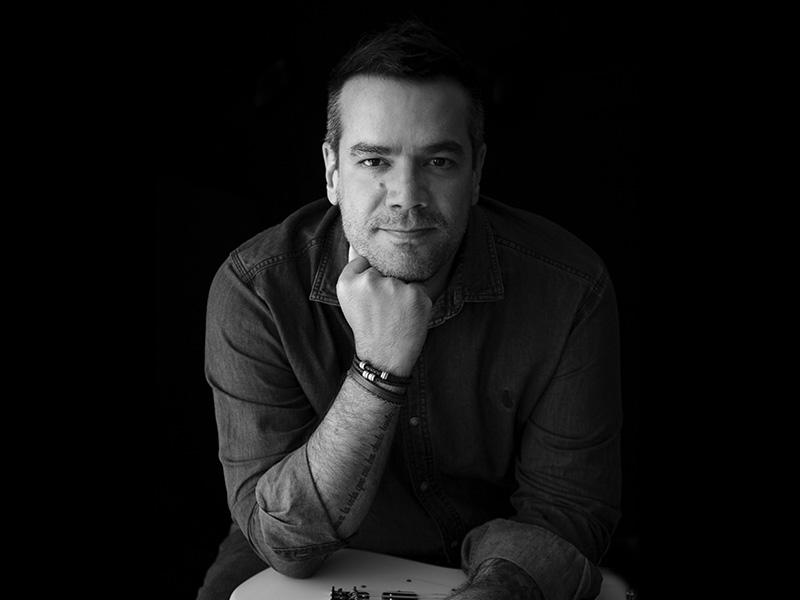 Paulo Inchauspe lança nova música com participação de Martín Buscaglia